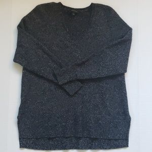 Ann Taylor NWOT V Neck Sweater